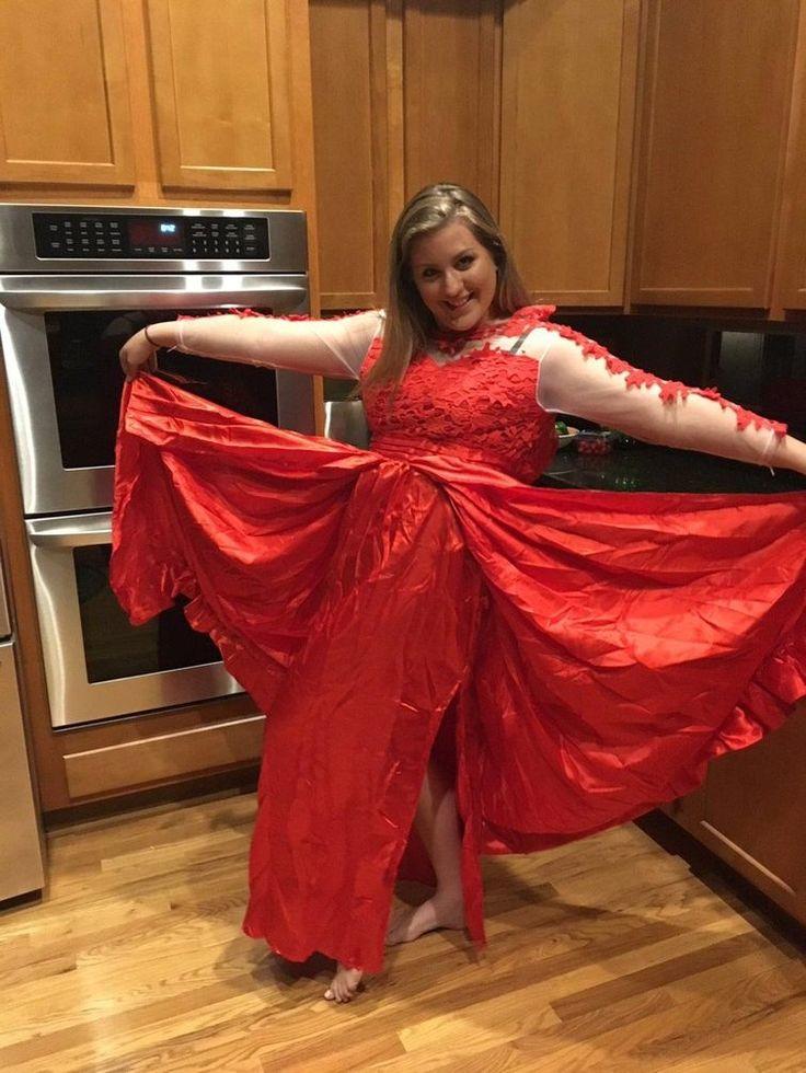 Девушка купила в интернет-магазине копию платья для выпускного бала, и вот что ей пришло
