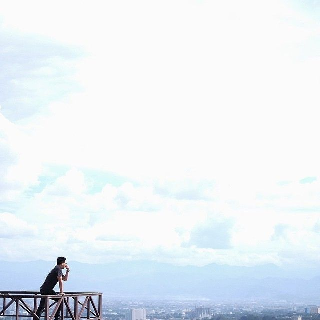 majestic picture by #bandungphotographer @rivanhamdani    taken at: Lawangwangi Art Space    wanna get reposted here? tag @bandungphotographer and dont forget to use  #bandungphotographer   #photographerbandung #pengenkebandung #pengentraveling #indonesiaphotographers #fotograferbandung #bandungjuara #bandung #photographer #photooftheday #katabandung #rindubandung