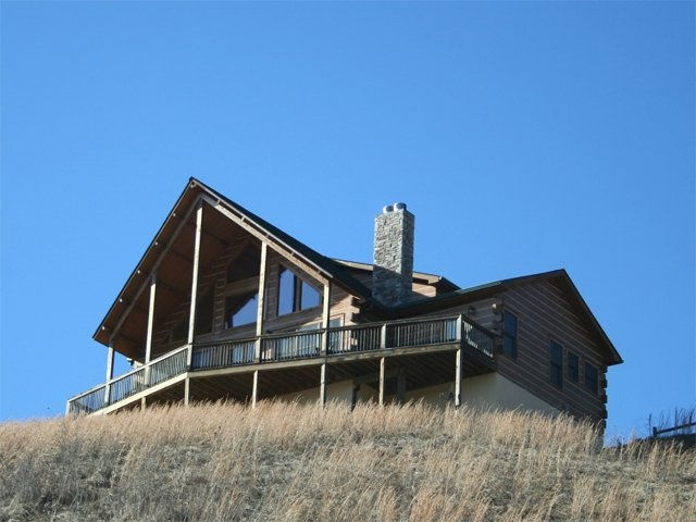 Mockingbid Mountain Boone NC Cabin Rentals With View Pool Table Dog Friendly  : Blue Ridge Vacation Cabins, Inc