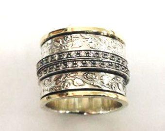 Anello in argento. Dichiarazione anello / anello spinner argento Sterling e 9ct oro set CZ/granato / opale. Anello unisex. Anelli impilabili  Circa 1,3