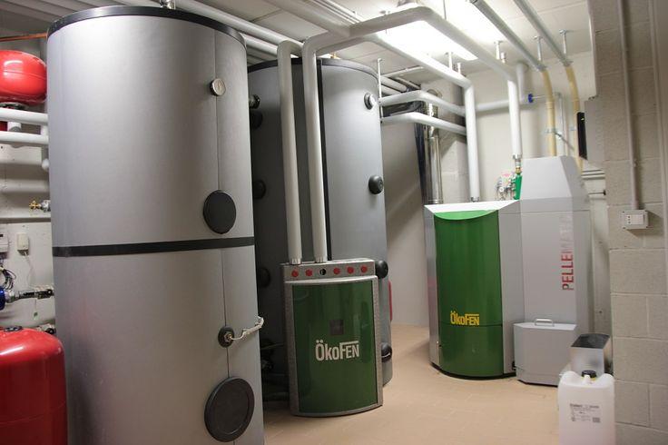 La centrale termica con la caldaia a bio-massa a servizio delle sei unità abitative facenti parte di Borgo Castelliere
