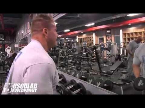 Jay Cutler Trains Shoulders – Omuz Programı