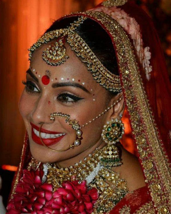 Fullonwedding-Celebrity Wedding- Bipasha Basu and Karan Singh Grovers Wedding - Bride