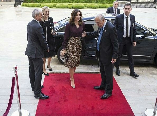 On the last day of her visit to Paris, Crown Princess Mary attended a dinner hosted by José Ángel Gurría, Secretary-General of the Organisation of Economic Co-operation and Development at the OECD Headquarters (Château de la Muette) in Paris.