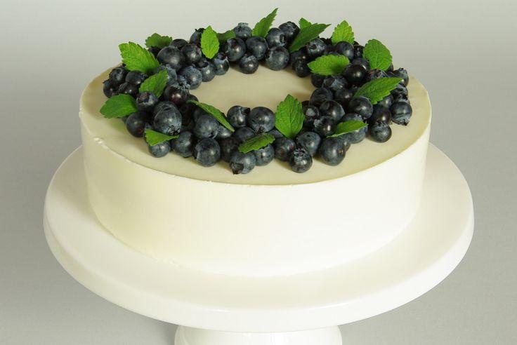 Borůvkový dort s jogurtovým krémem