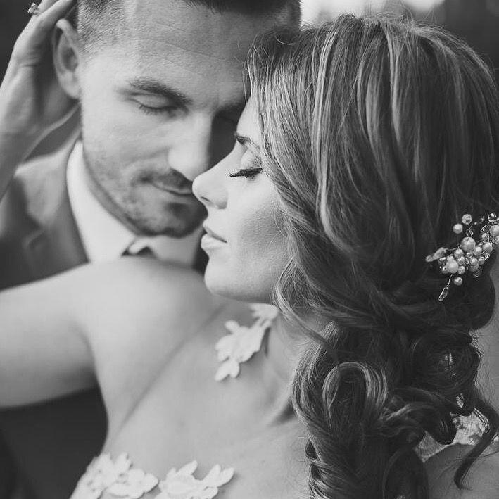 Photo: Grupa Obiektywni, comb&makeup Magda Purchla/Wedding Art