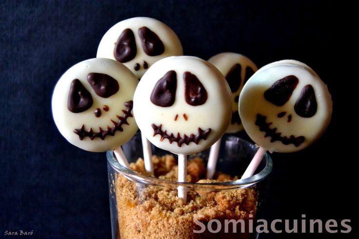 Esto es Halloween, esto es Halloween. Gritos en la oscuridad. Esto es Halloween!asustar es nuestro fin!! HA LLEGADO EL DÍA DE HALLOWEEN!!! Os dejo esta divertida, facilísima y curiosa receta!! ING...
