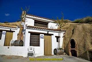 Start your own Cavehotel in Huescar Granada