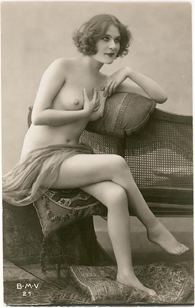 Nude Women From 1950-1970