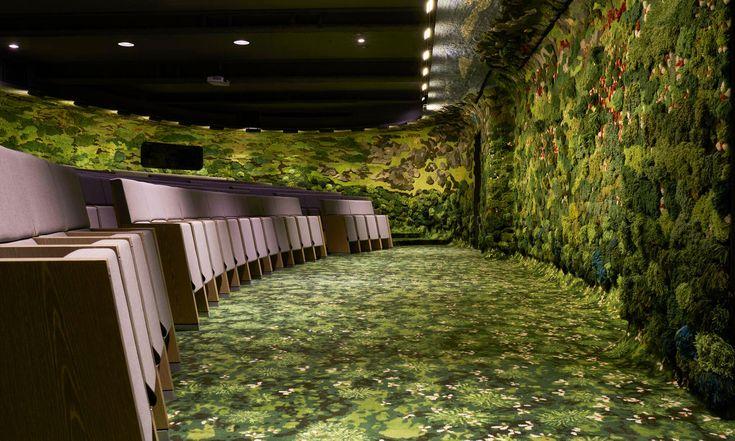 MVRDV vytvořilo přednáškový sál sezelenými stěnami zbavlny