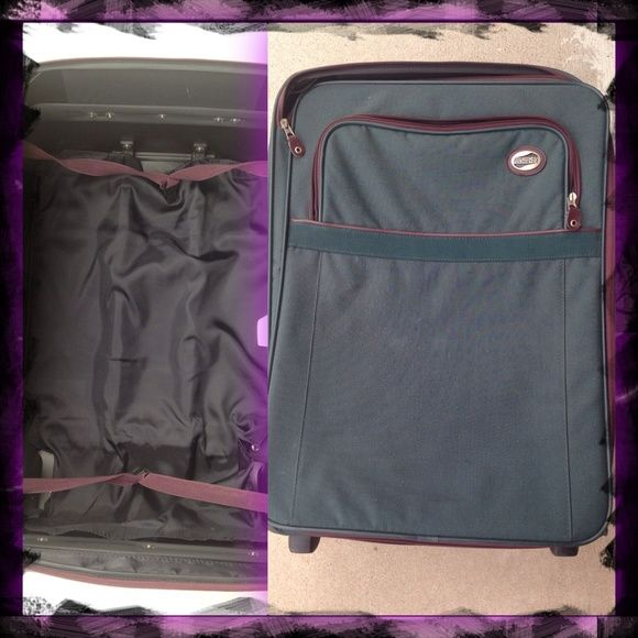 American Tourister Extra Large Rolling Suitcase American Tourister Extra Large New Suitcase! Roller/ Rolling Suitcase  ~*Observe photos for best view of condition.✌*~     APPROXIMATE SIZE:: L=19 w=11 h=26   Like NEW!! Vintage? Style¿ Simply dusty, Just needs a damp cloth taken to it from it being kept away for a little while...  Was Asking $85 OBO NOW $75 OBO ~ don't be shy to make a cash or trade offer ☺✌   ~*I also have lots of other travel items if looking for any, contact me :)…