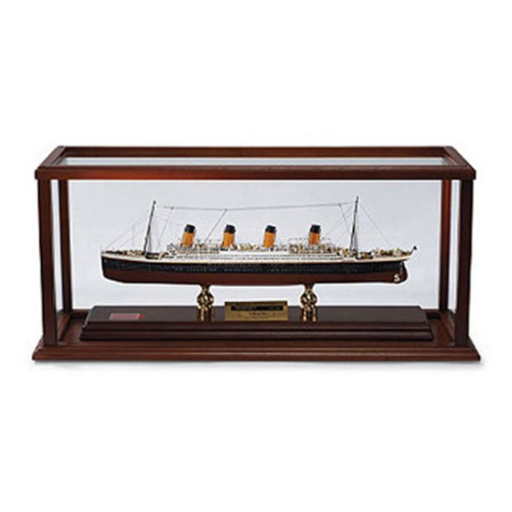 Daron Worldwide Harland and Wolff RMS Model Boat Titanic Signed by Millvina Dean - MBTSS