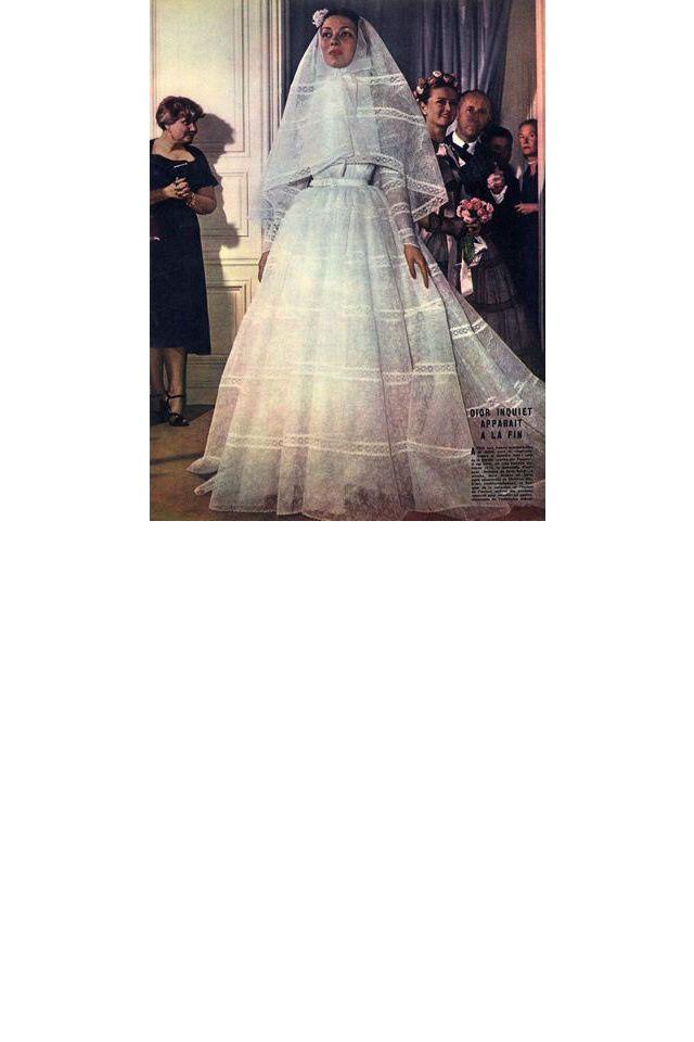Une robe de mariée Christian Dior datant des années 50