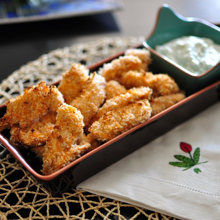 Buffalo Chicken Strips With Blue Cheese Dip