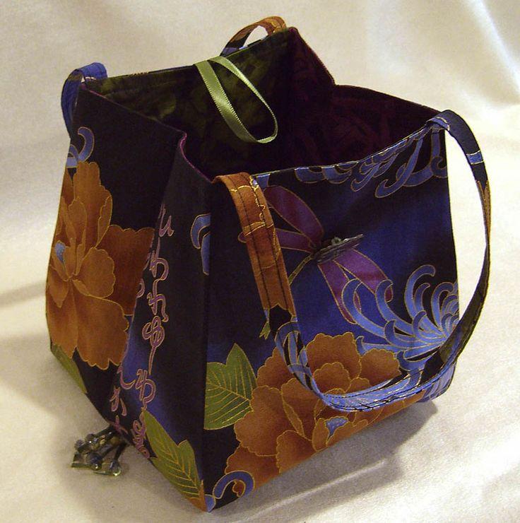 Free Fabric Handbag Patterns   Lazy Girl   Blog » Free Purse Pattern: Noriko Handbag