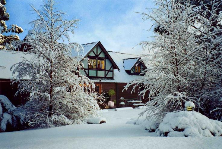 Cradle Chalet Boutique Luxury Lodge Tasmania in the snow