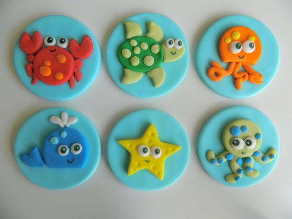 Vida marina toppers de cupcake de fondant una por EyeCandySugar                                                                                                                                                      Más