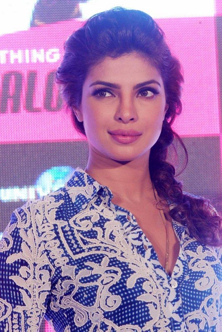 Priyanka Chopra- love the hair and makeup, very smart and wearable.