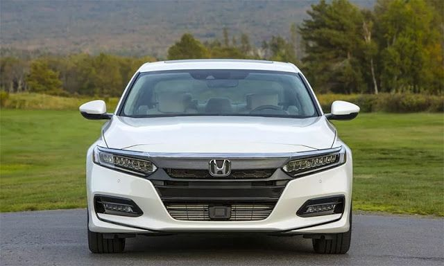 Honda Accord 2018: Specification Photos & Price in Pakistan    Honda has officially introduced the tenth generation model of Accord.  Honda's Tan Generation Academy 2018 has special focus on safety technology.  From outside this new car is some lower and sharp compared to it while its length is slightly lower than the current version.  Read More:   Honda's HRV 2018 model: Price Release Date and Spec  However the company has made a lot of effort to highlight sports lamps for the vehicle.  The…