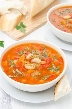 Фасолевый суп с томатами