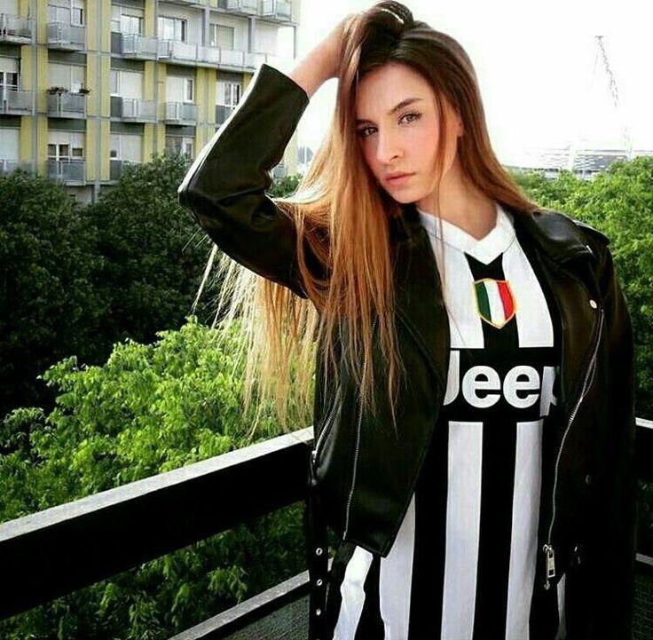 Футбольные девушки ювентус