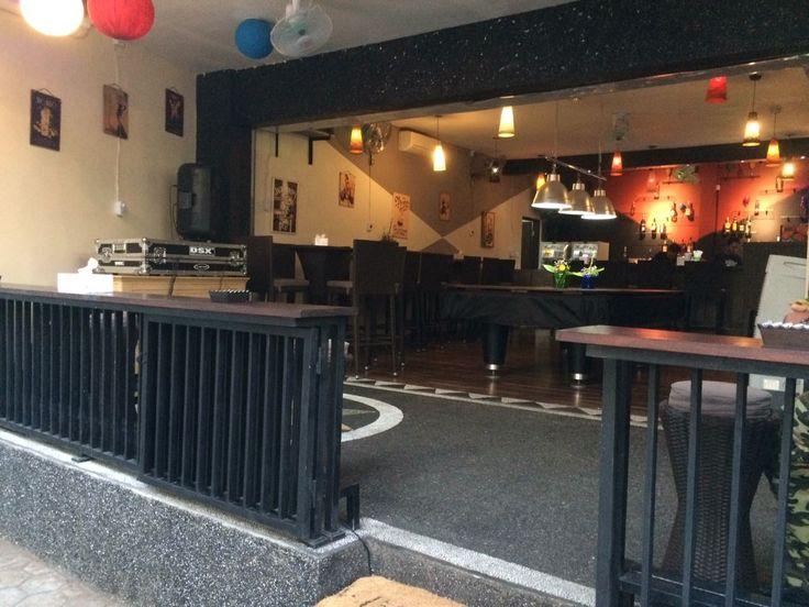 Bar: Bella Cafe Address: 15 Jalan Sudamala, Sanur, Bali Tel: +62 8124692984 Pool table: x1