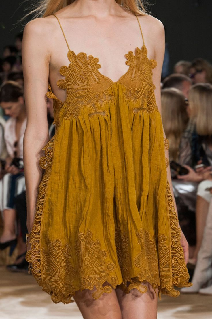 Chloé at Paris Fashion Week Spring 2015