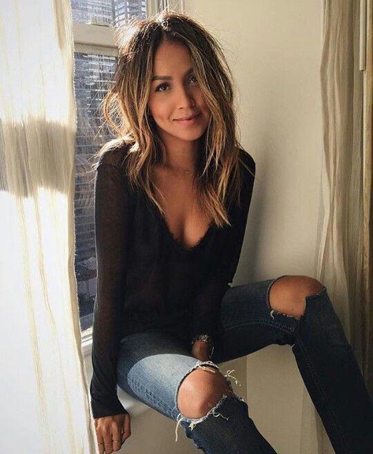 38++ Schwarze frisur jeans Information