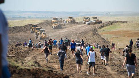 Trump's Stock in Dakota Access Oil Pipeline Company Raises Concern
