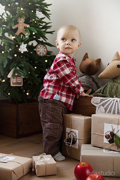 Новогодняя детская фотосессия от Fafastudio ))) #Christmas #Photoshoot #Fafastudio #baby