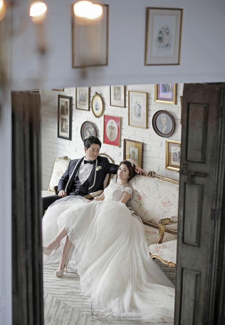 One of the most famous wedding photography studio in Korea.あなたも一生に一度の素敵な作品を作ってみませんか?