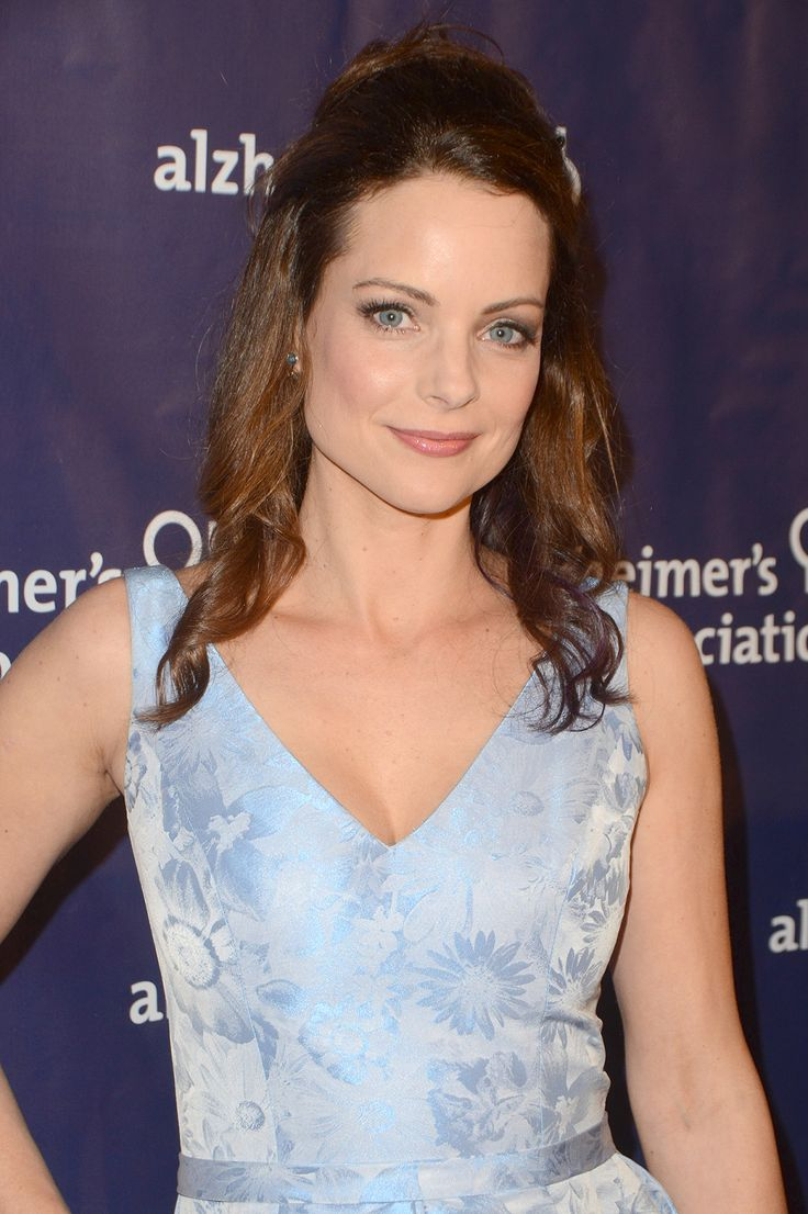 Kimberly Williams-Paisley's Mother Dies After Battle withDementia