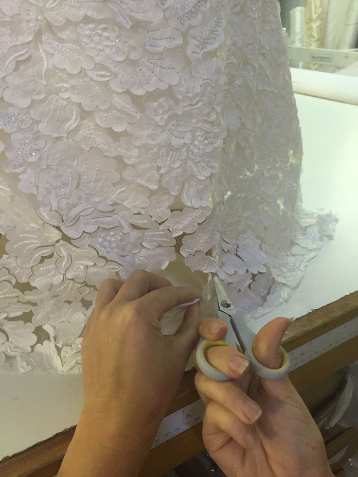 The final delicate touches to this beautiful gown ❤️ #wedding #Weddinggown #weddingfashion #couture #madetomeasure #summer #summergown #handmade #elizabethdevarga #elizabethdevargacouture #hardwork #lovewhatwedo #love #beautiful #bride #bridal #RealBride