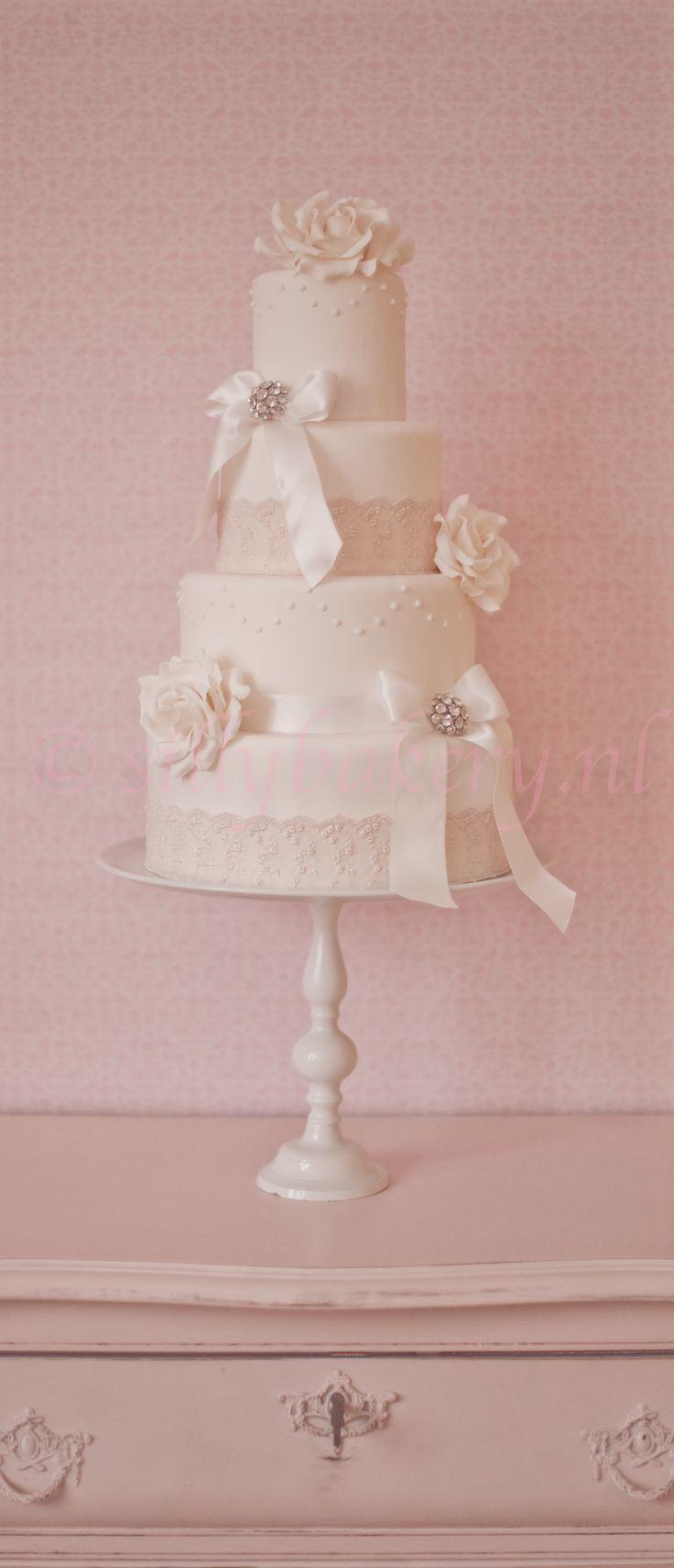 35 best WEDDING CAKES images on Pinterest | Cake wedding, Groom cake ...