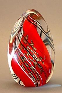 Orient & Flume Art Glass: Swirl Tri Weight Red swirl tri weight is a gorgeous weight with gold aventurine.