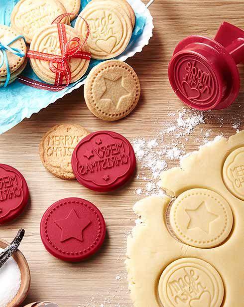 Planujesz świąteczne wypieki? Szukasz foremek do ciasteczek, pudełek i opakowań prezentowych? Sprawdź nową ofertę Tchibo - szykuje się bajkowe Boże Narodzenie!