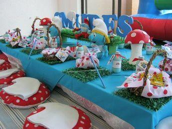 Ideas para decorar una fiesta con Los Pitufos – La aldea escondida http://tutusparafiestas.com/ideas-decorar-una-fiesta-los-pitufos-la-aldea-escondida/ Ideas to decorate a party with The Smurfs - The Hidden Village #Cumpleaños #decoracion #Decoracióndeeventos #decoraciondelospitufos #Decoracionparafiestas #Fiesta #Fiestasinfantiles #IdeasparadecorarunafiestaconLosPitufos-Laaldeaescondida #laaldeaescondida #Lospitufos