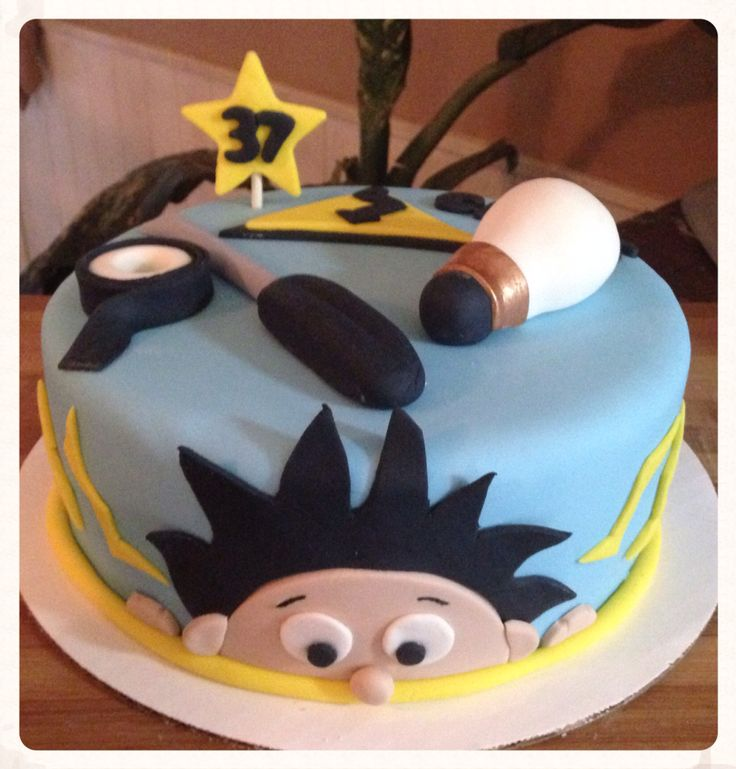 Cake Decorating Ideas Electrician : 17 Best images about cake and decoration ideas on Pinterest Baby cakes, Birthday cakes and ...