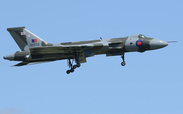 Final Vulcan bomber flight: Crowds urged to stay away from XH558's farewell