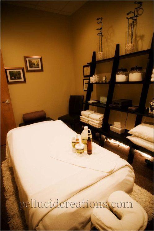 Massage room shelving