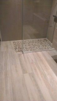 25 best ideas about carrelage effet parquet on pinterest for Carrelage douche italienne