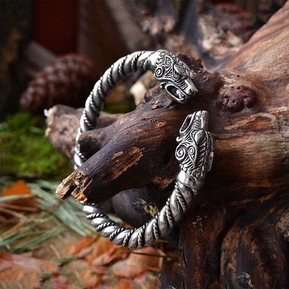 PULSERA DE LOBO VIKINGO. Joyería de pulsera Fenrir vikingos. Pulsera de lobos de…