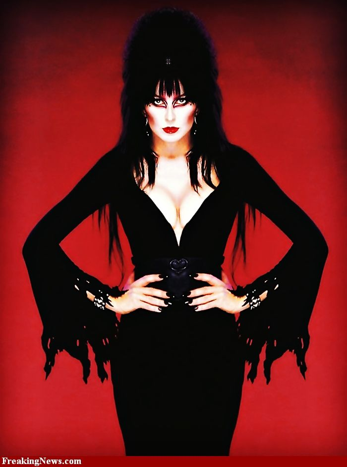 elvira-mistress-of-the-dark-pictures-nicole-graves-pussy