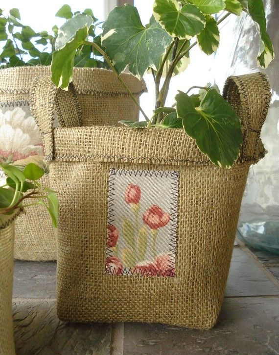 A person should be able to figure this out crafts for Burlap fabric projects