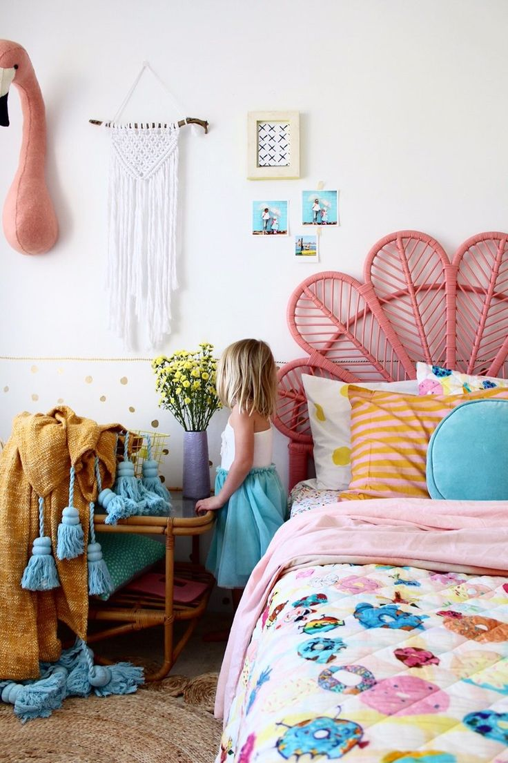 Best 25 boho girl ideas on pinterest hippie look bohemian style and boho dress - Girls bedroom ideas a must have for one and all ...
