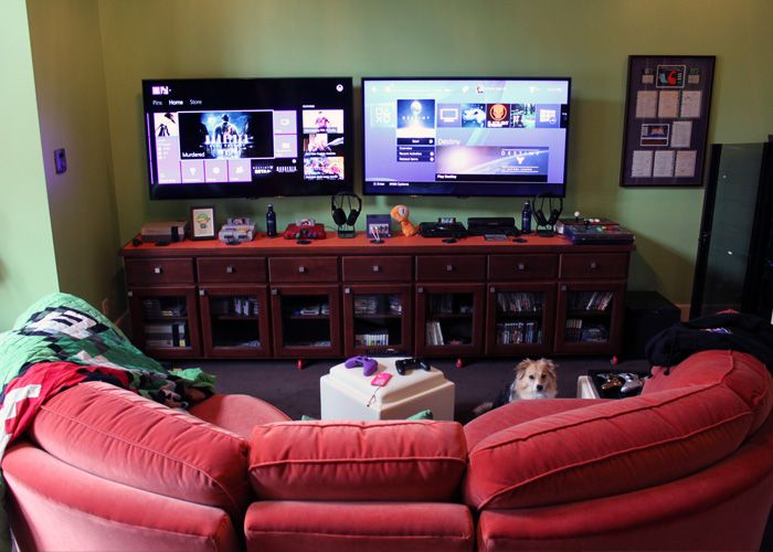 CO-OP BUDDIES FOR LIFE BATTLESTATIONS from Lauren Bleszinski & Cliff Bleszinski's epic gaming room!!! Posted on Lauren's blog at http://www.l337lauren.com/blog