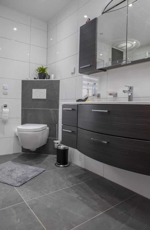 die besten 25+ badezimmer ideen auf pinterest - Bad Schwarz Wei Gefliest