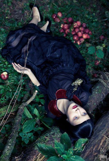 Snow White, by Philippe Ndzana