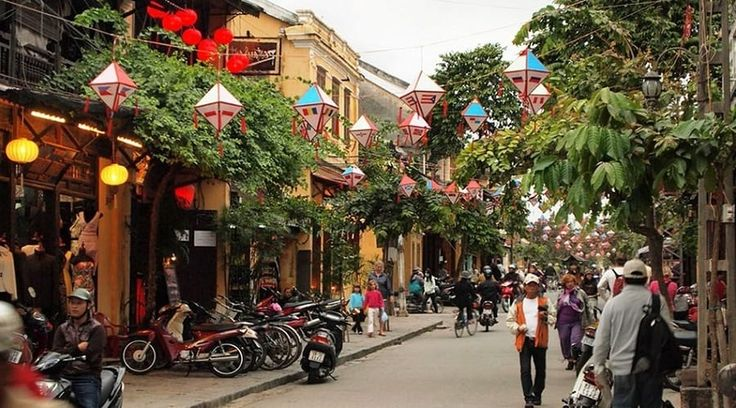 Top Vietnam Sightseeing Attractions -  Beautiful Hoi An is the most atmospheric city in Vietnam, with bags of surviving historic architecture.