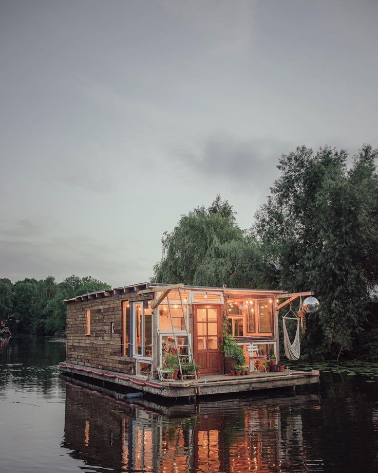 A Floating Photographic Lab by Claudius Schulze and Maciej Markowicz | Colossal